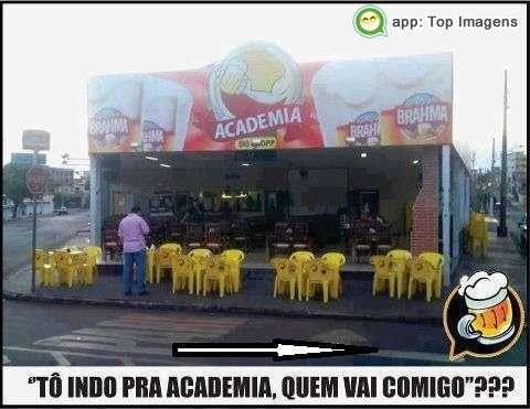 Indo pra academia