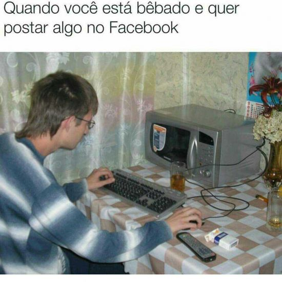 Bêbado no Facebook