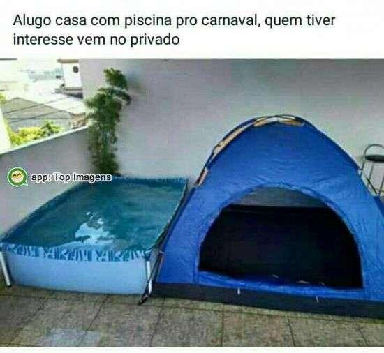 Casa com piscina pro carnaval