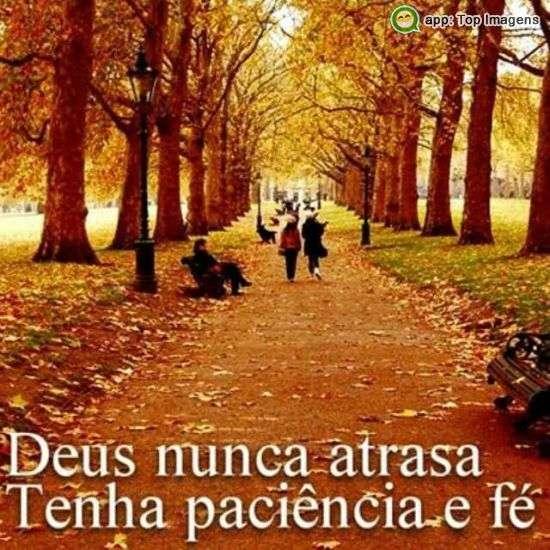 Deus nunca atrasa