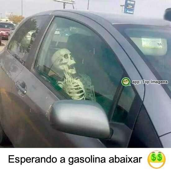 Esperando a gasolina